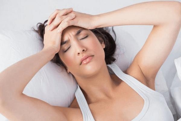 Stress cũng là một trong những nguyên nhân khiến lượng kinh nguyệt ra ít